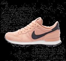 100% authentic 4d5c9 af9ff Nike Women's Internationalist Rose Gold/Oil Grey-Summit White