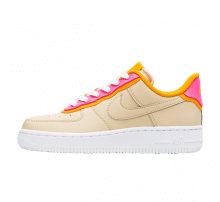 Nike Women's Air Force 1 '07 SE Desert Ore/Laser Fuchsia