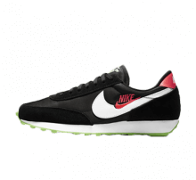 Nike Women's Daybreak SE Worldwide Pack Black/White-Green Strike-Flash Crimson