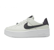 Nike Women's Air Force 1 Sage Low LX Spruce Aura/Blank-White