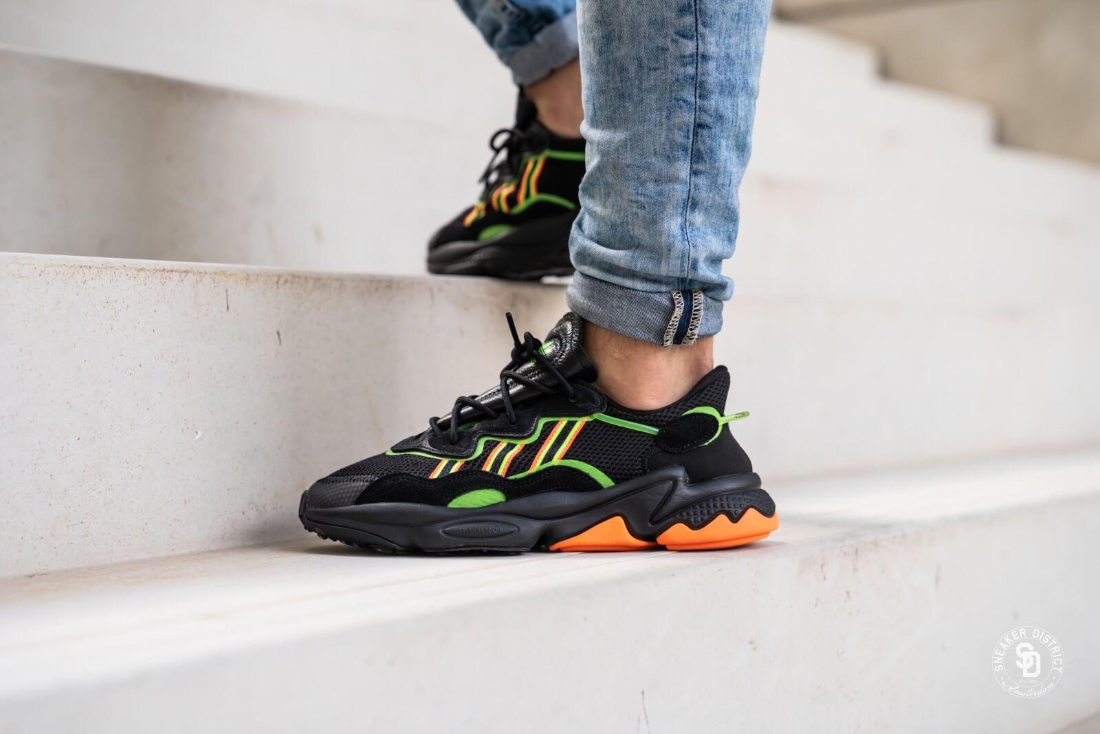 Adidas Ozweego Core Black/Solar Green-Hi Res Coral - EE5696