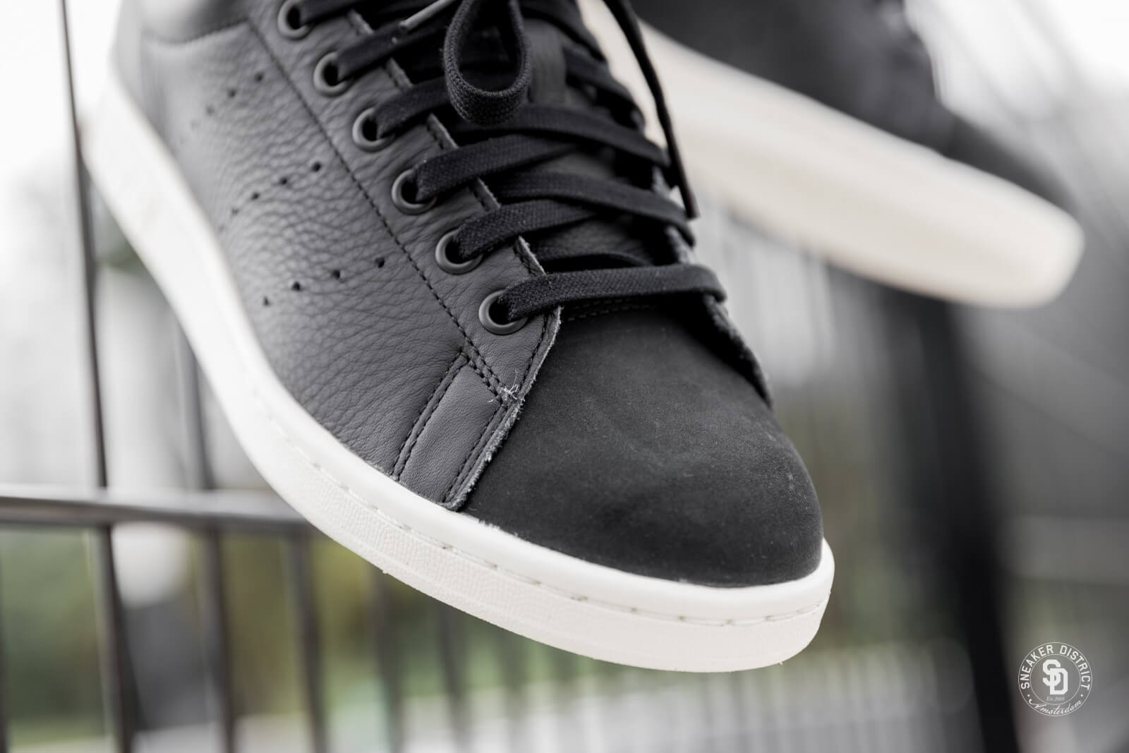 where can i buy adidas stan smith core black 18370 b6811