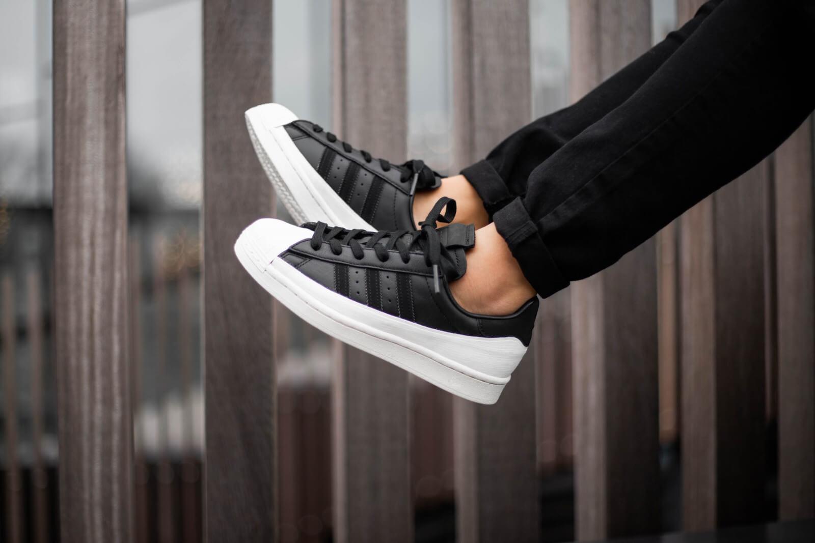 adidas superstar core black off white