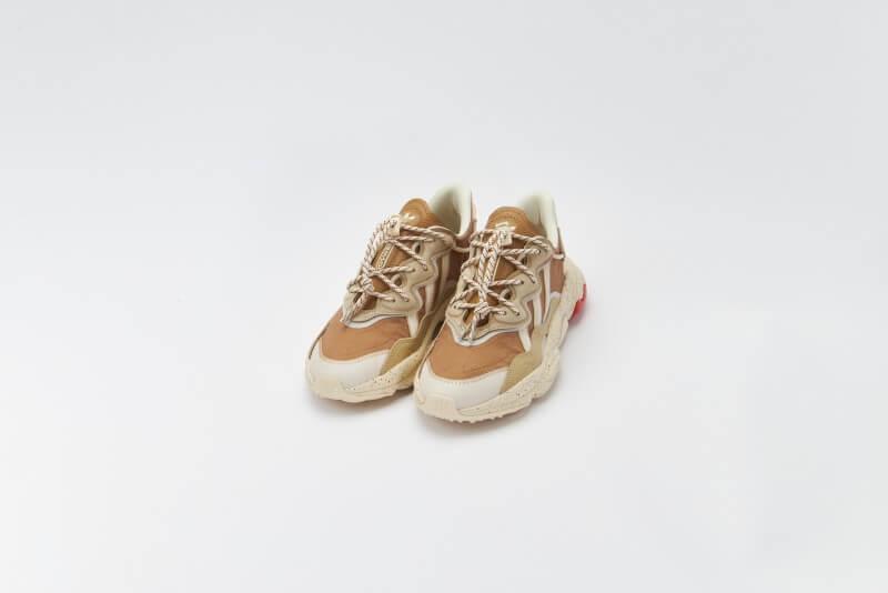 Adidas Ozweego Cardboard/Savannah/Halo Ivory