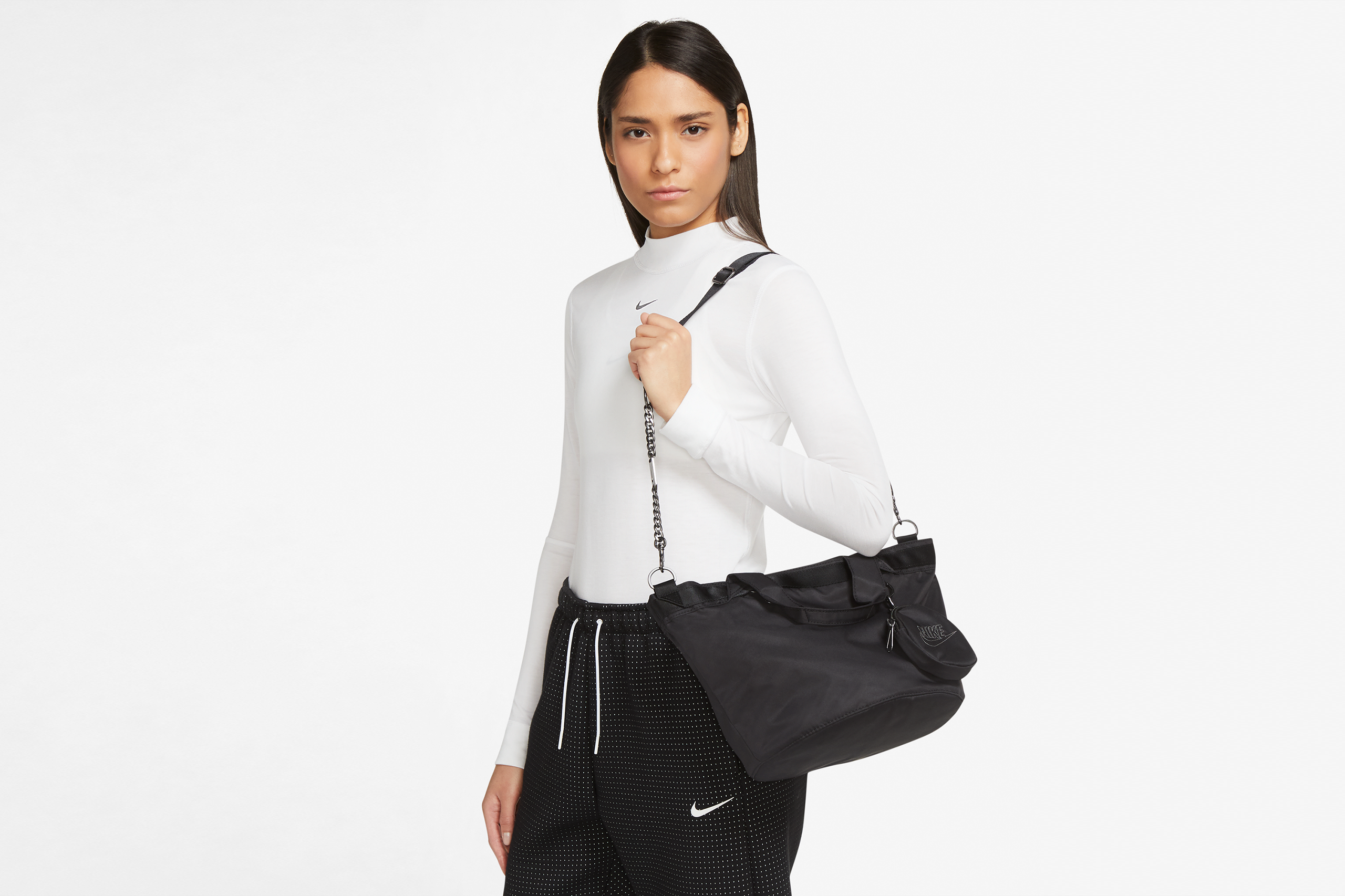 Nike Women's Futura Luxe Tote Black / White