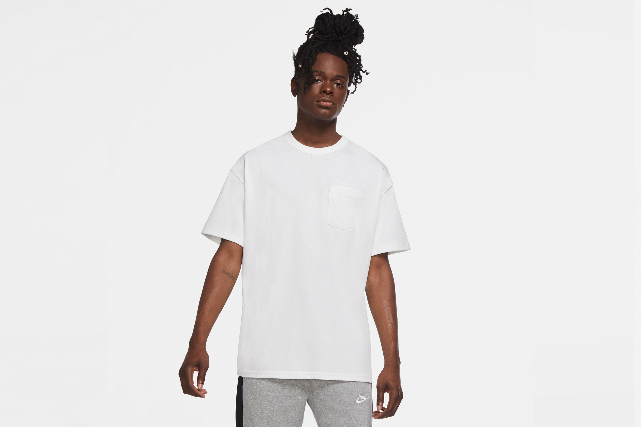 Nike NSW Pocket T-shirt Premium Essential White