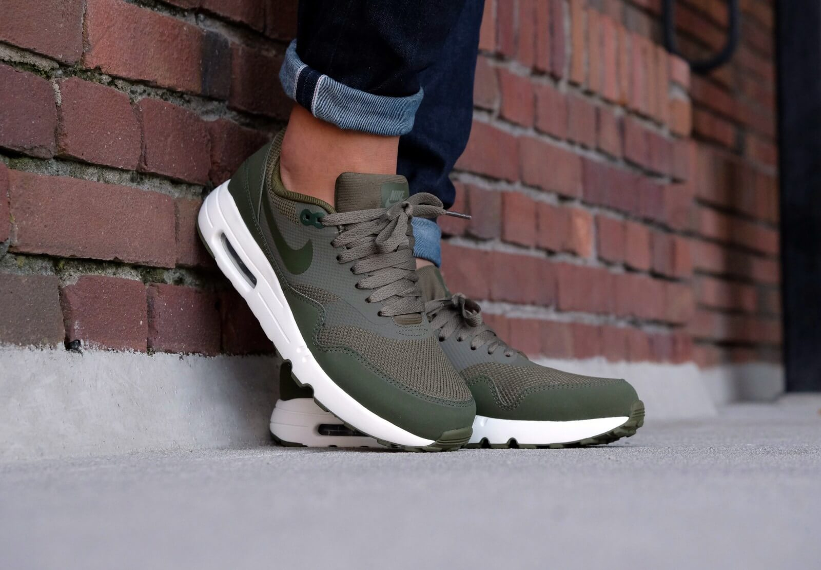 Nike Air Max 1 Ultra 2 0 Essential Medium Olive Legion