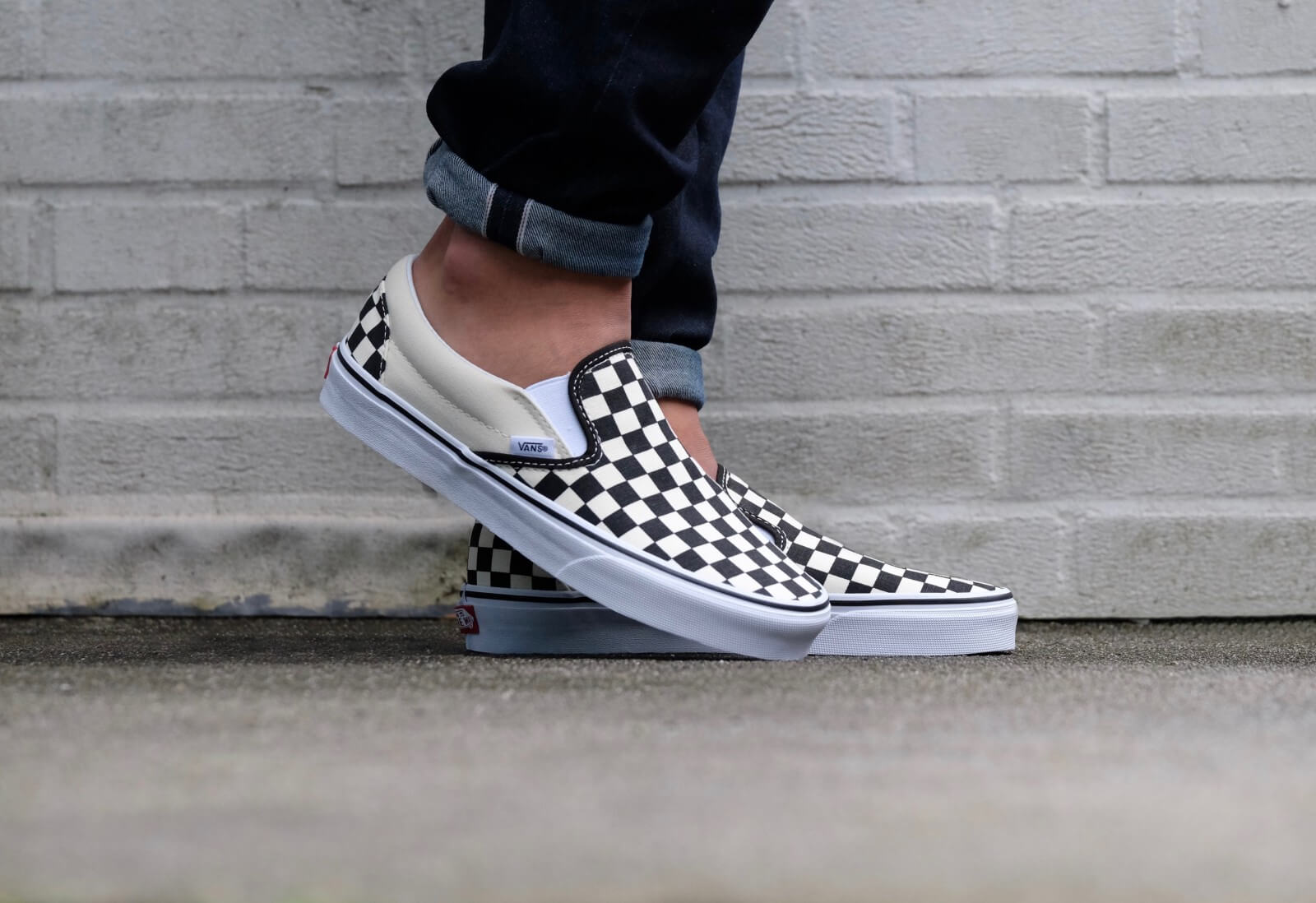 vans slip on checkerboard sale