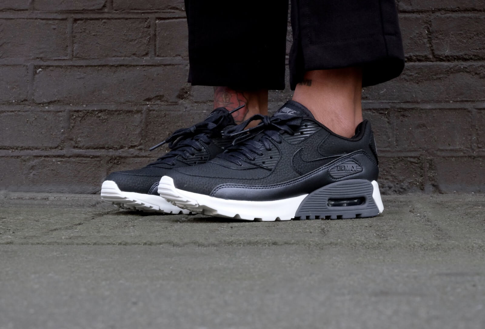 Nike WMNS Air Max 90 Ultra SE Deep Pewter White 859523 200