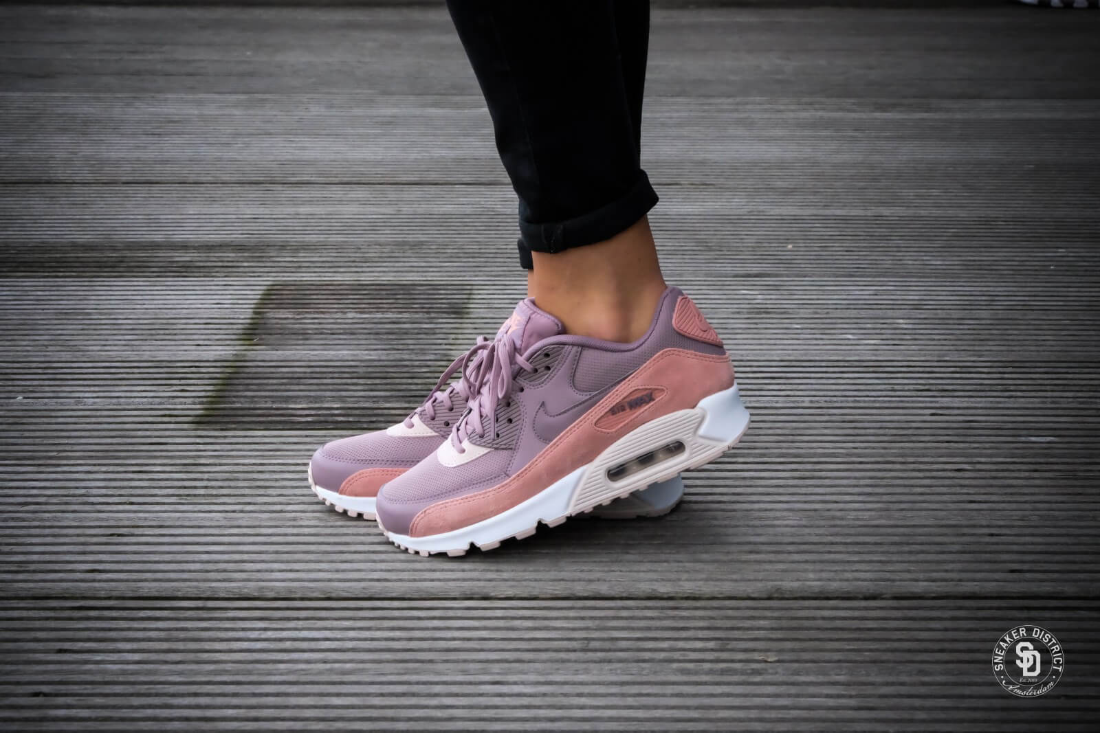 Nike Wmns Air Max 90 Red Stardust Taupe Grey Silt Red White