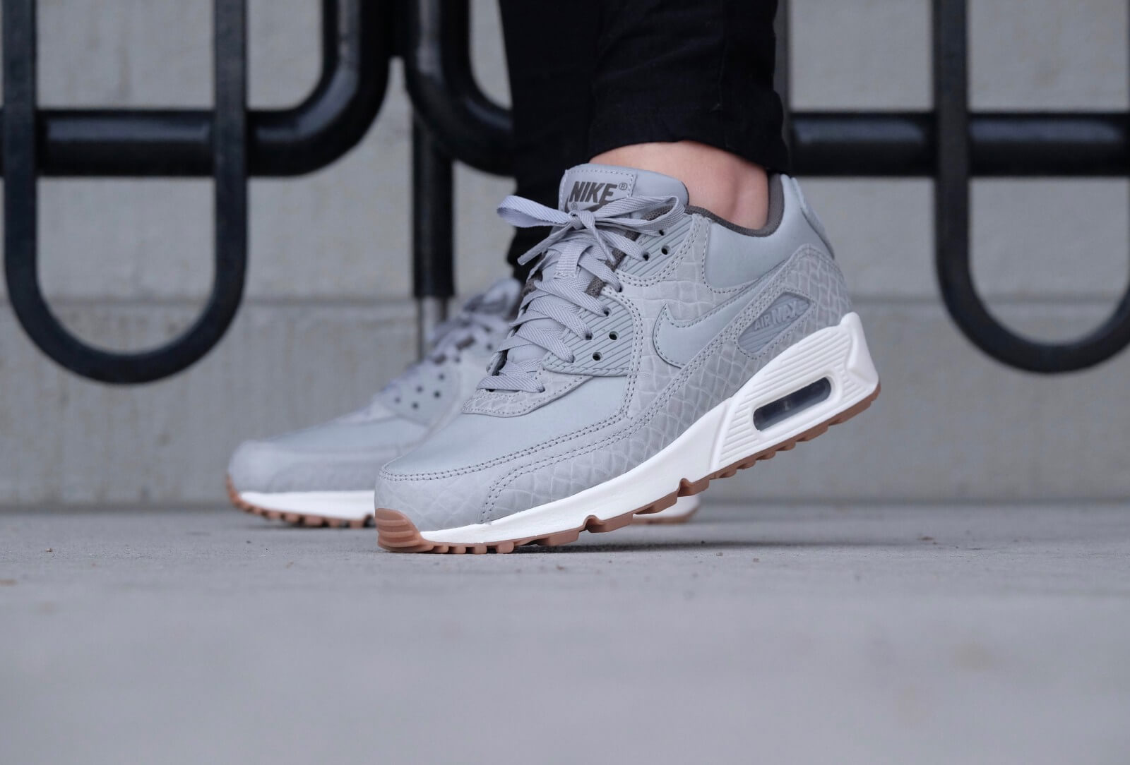 nike air max ltd dark grey wolf grey christmas