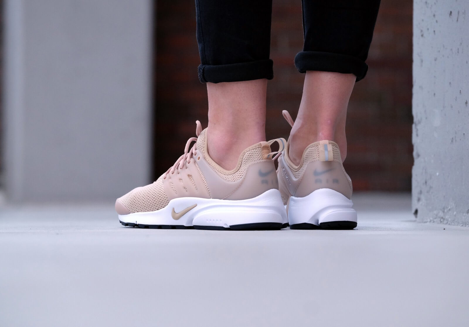 Nike Wmns Air Presto Linen/linen-black-white - 878068-200