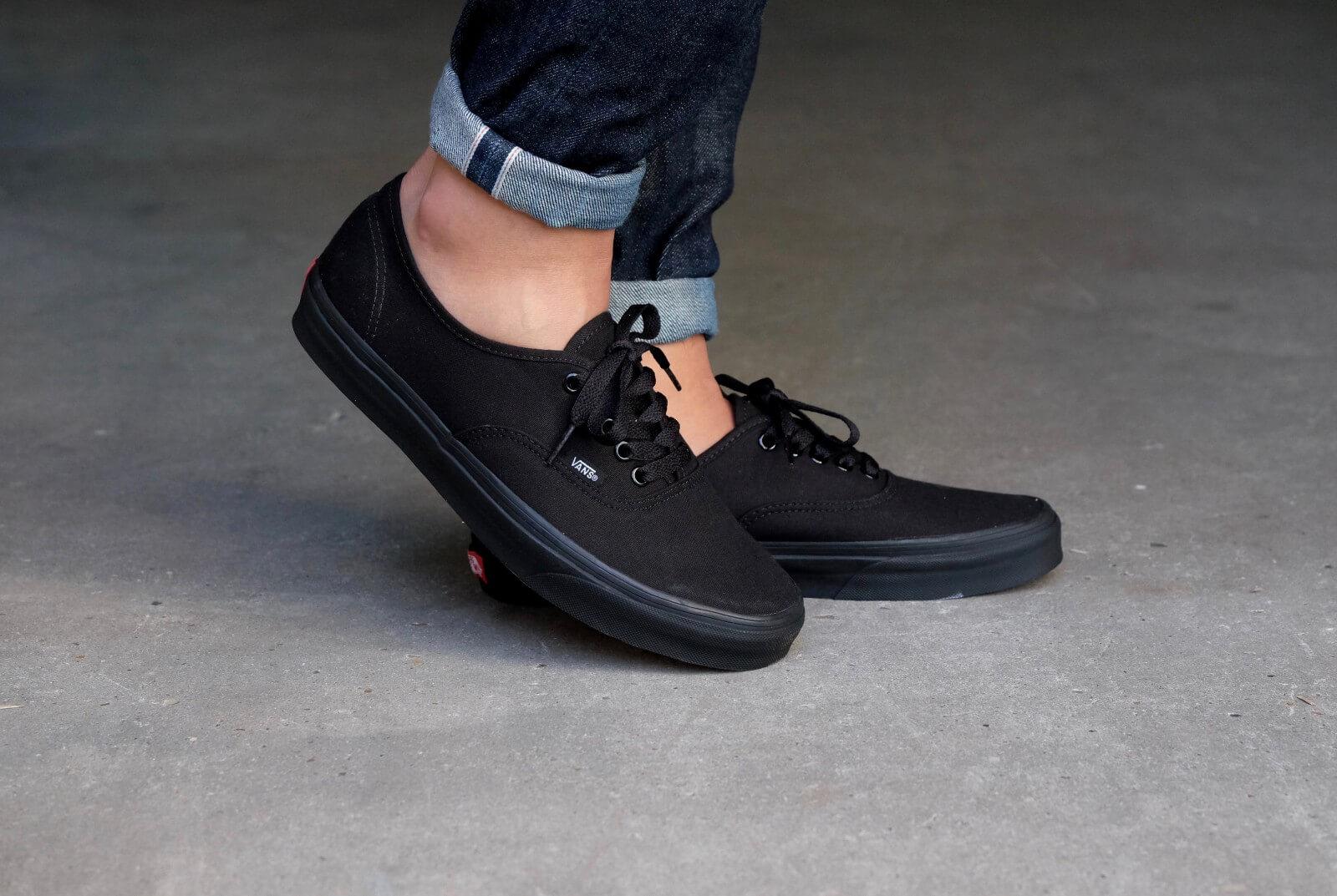 vans black black