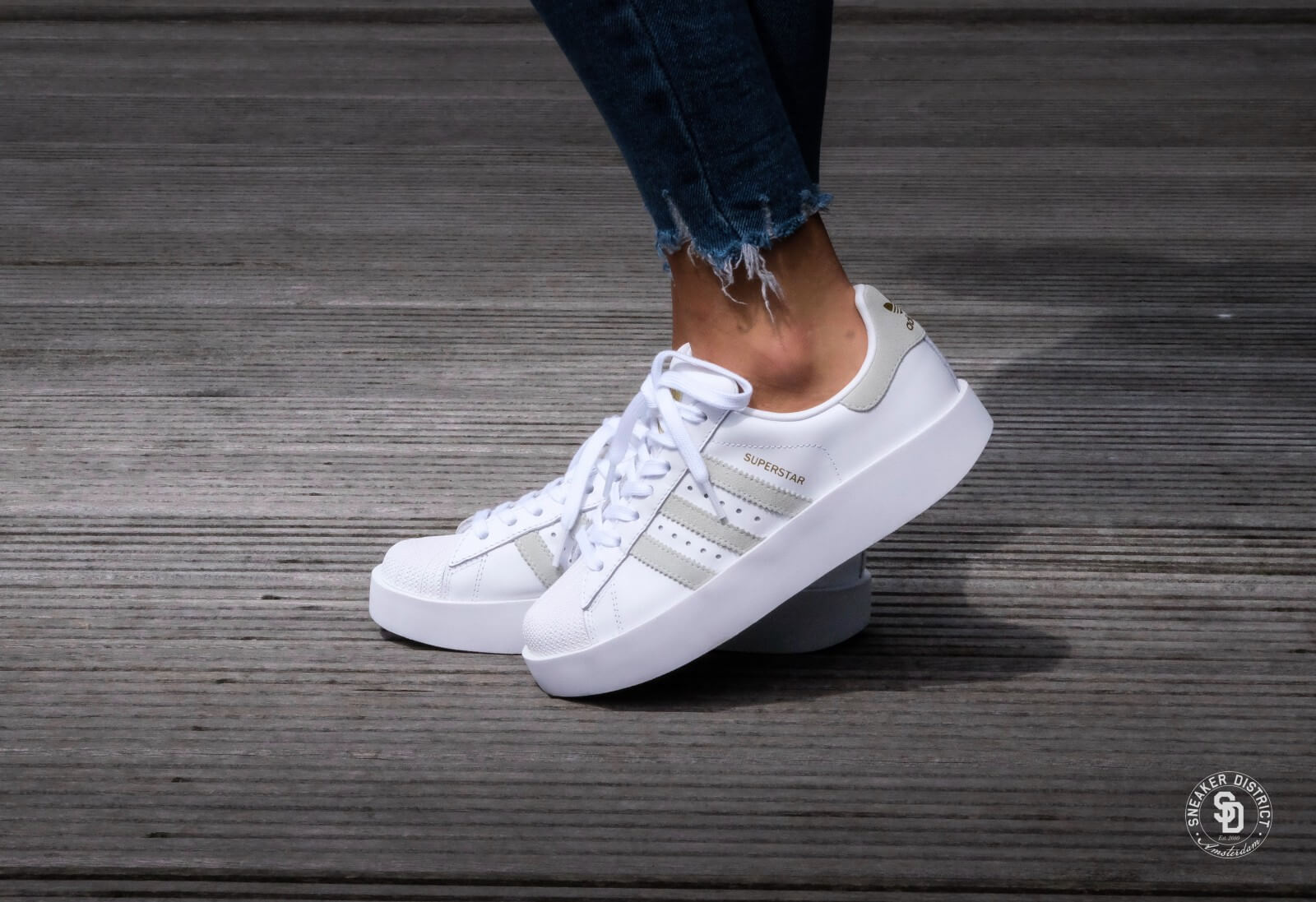 Adidas WMNS Superstar Bold Footwear White/Linen Green/Gold Metallic - BY2948