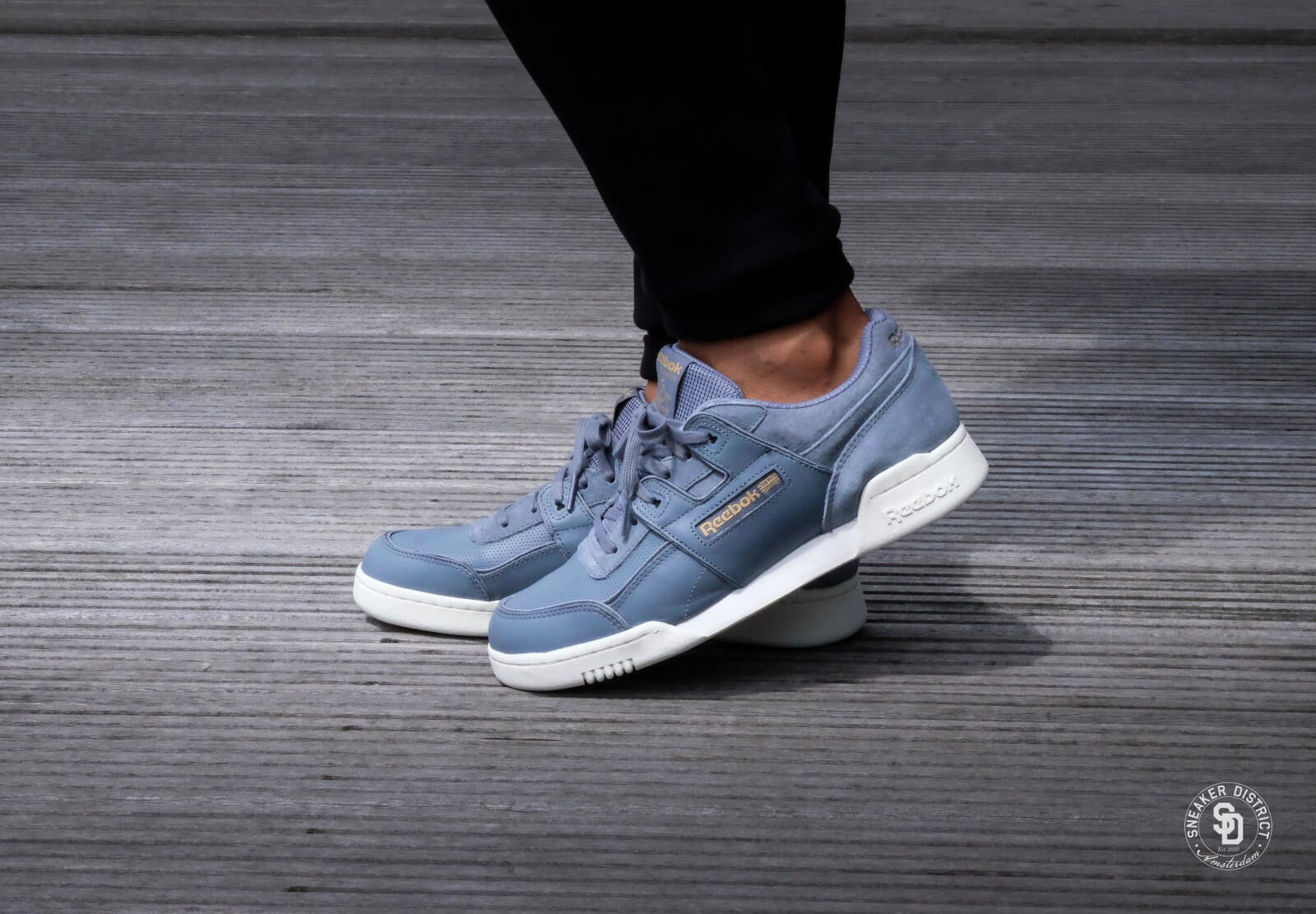 reebok workout plus grey