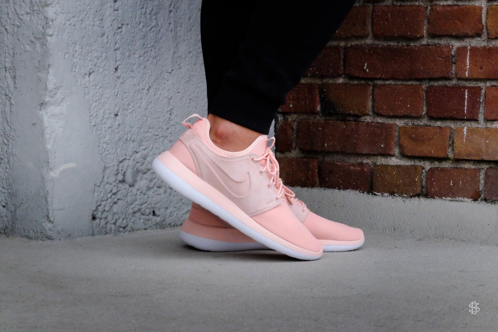 Nike Roshe Two Flyknit V2 Men's Shoe. Nike MY