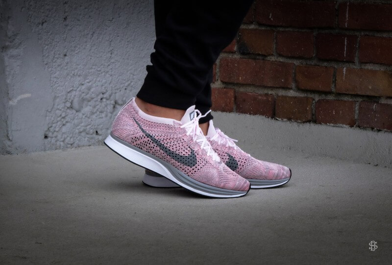 2bb89923ce4a1 ... italy nike flyknit racer pearl pink cool grey bright melon 526628 604  0976f 6c9b7