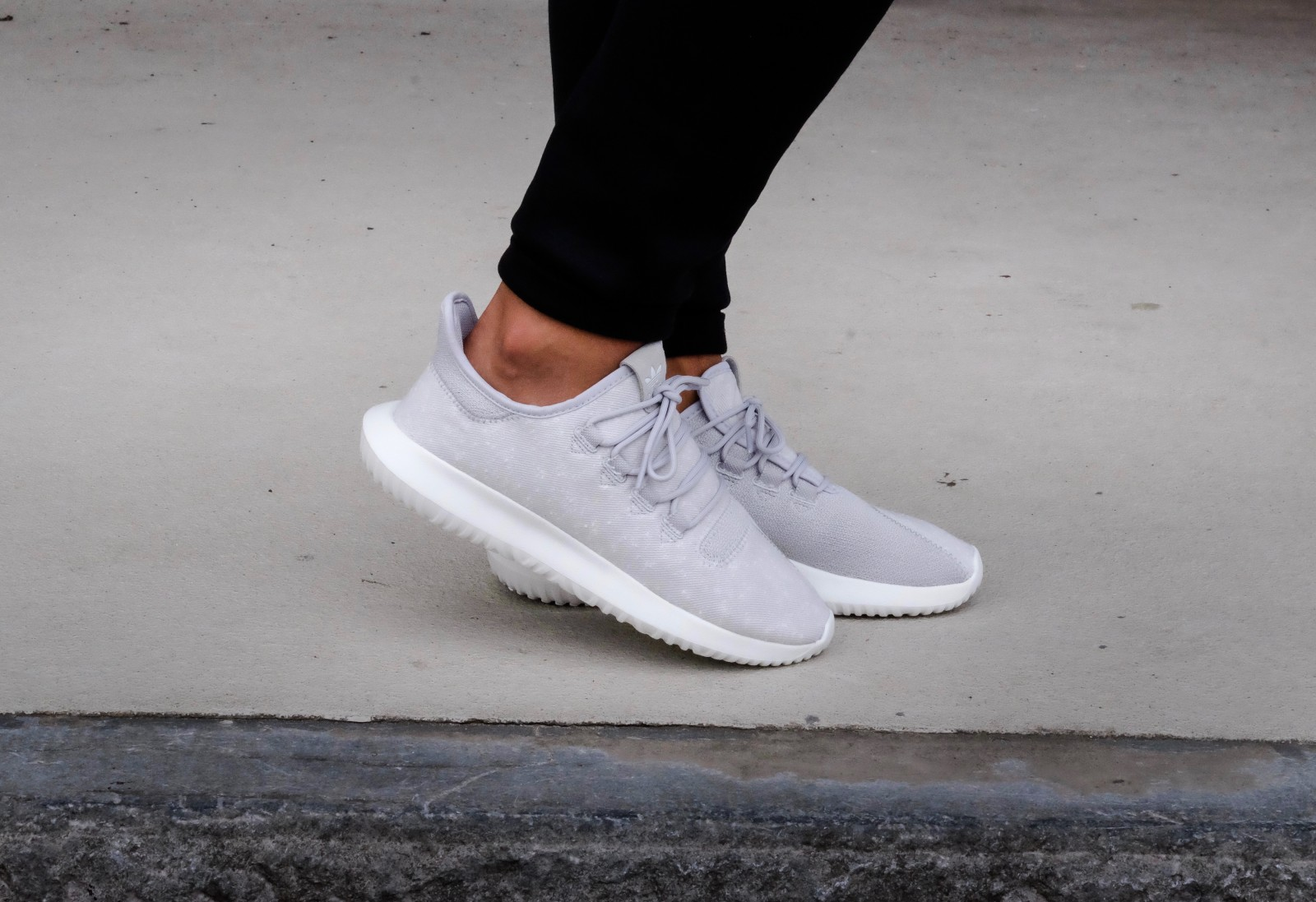 adidas tubular shadow grey two cristal white by3570. Black Bedroom Furniture Sets. Home Design Ideas