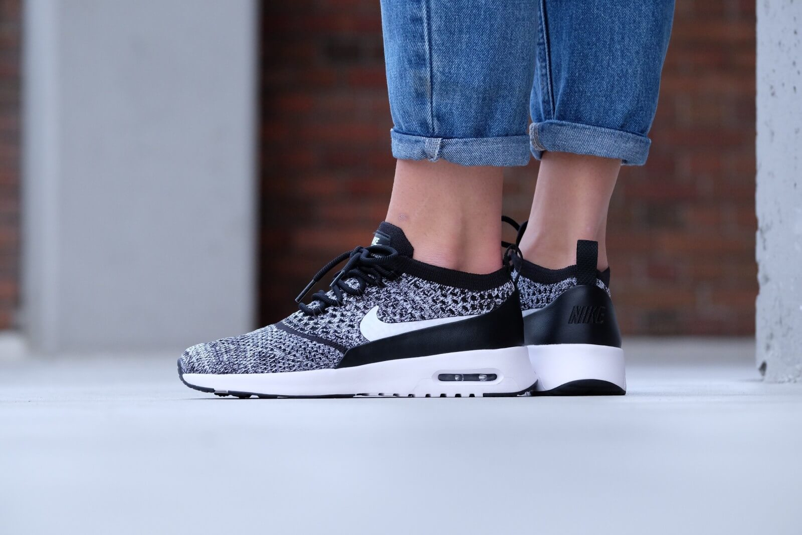 nike wmns air max thea ultra flyknit black white. Black Bedroom Furniture Sets. Home Design Ideas