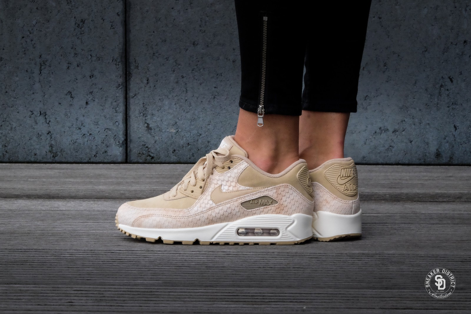 Nike Wmns Air Max 90 PRM Sneaker for Women