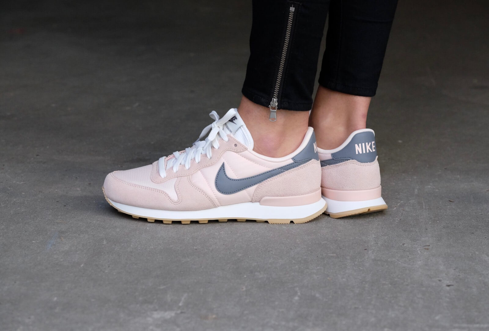 nike internationalist dames sunset tint