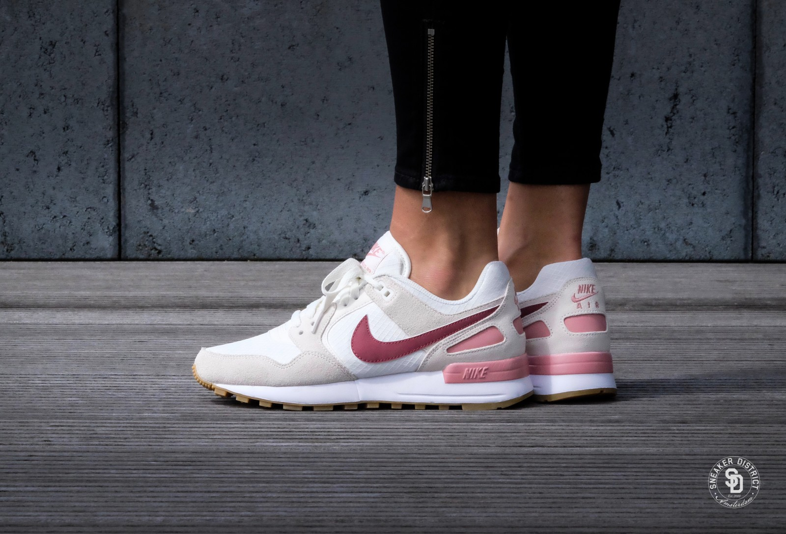 nike wmns air pegasus 39 89 sail port red stardust gum. Black Bedroom Furniture Sets. Home Design Ideas
