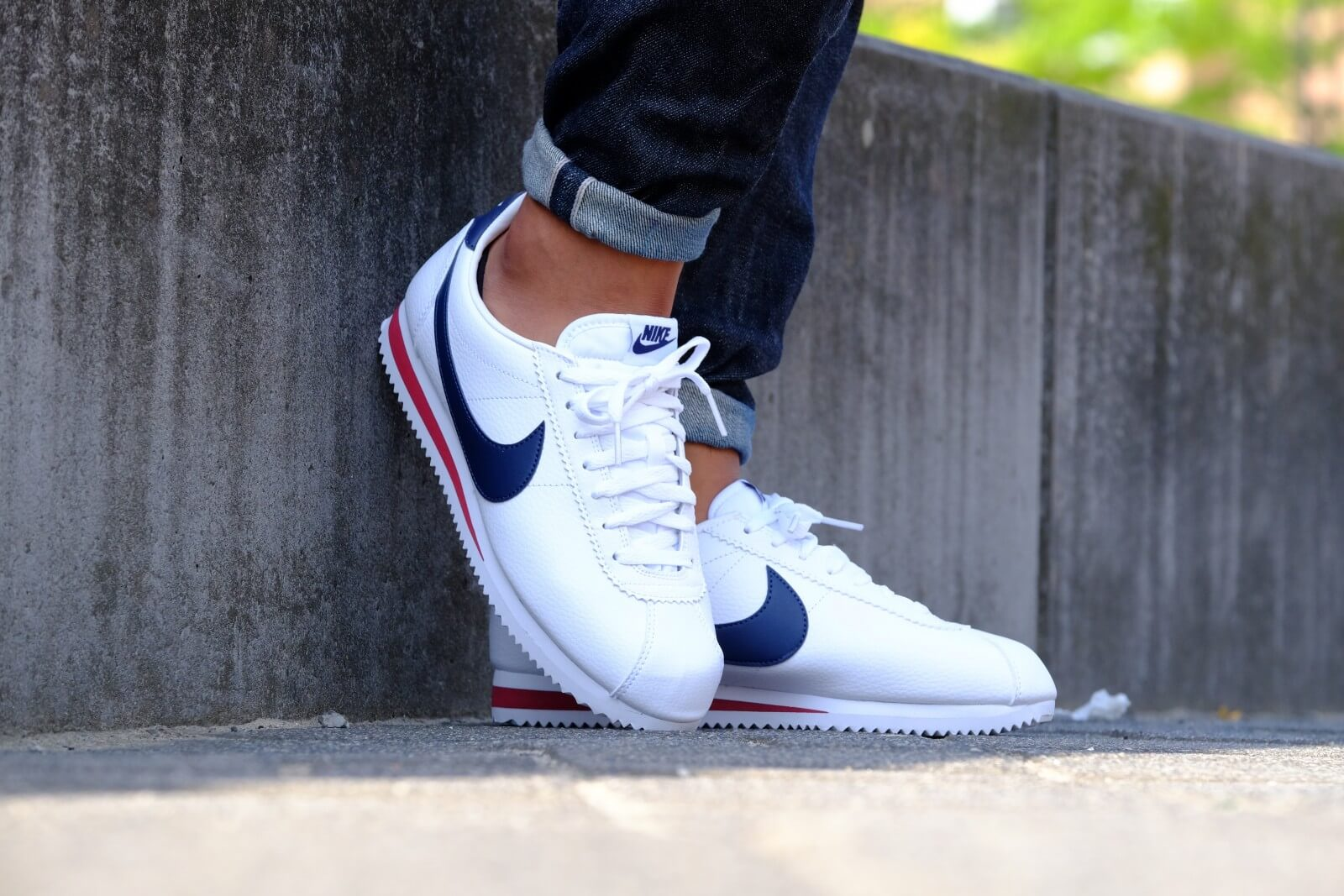 Nike Classic Cortez Leather White Midnight Navy Gym Red