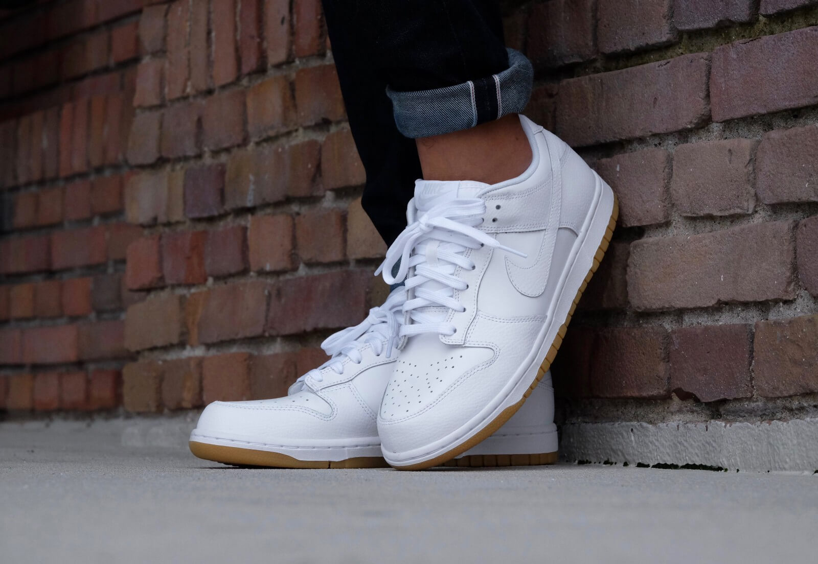 newest 74f94 649fc nike dunk low white