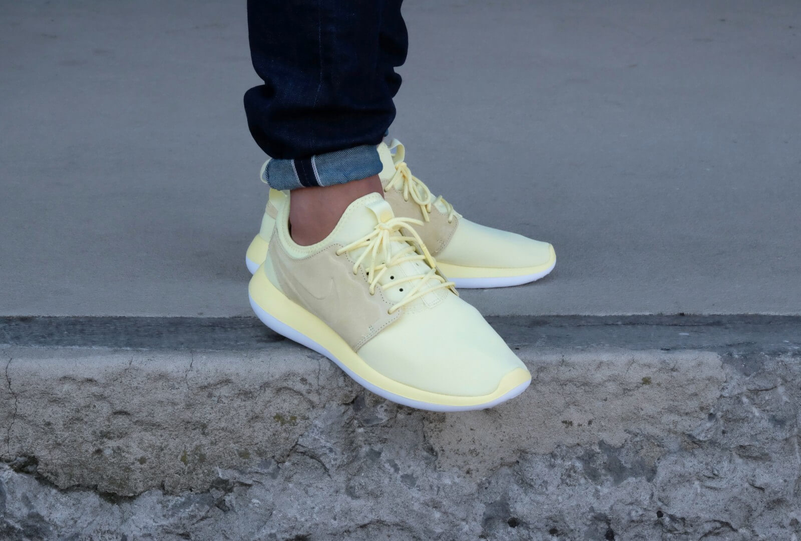 Nike Roshe Two Leather Premium | Vit | Sneakers | 881987 100