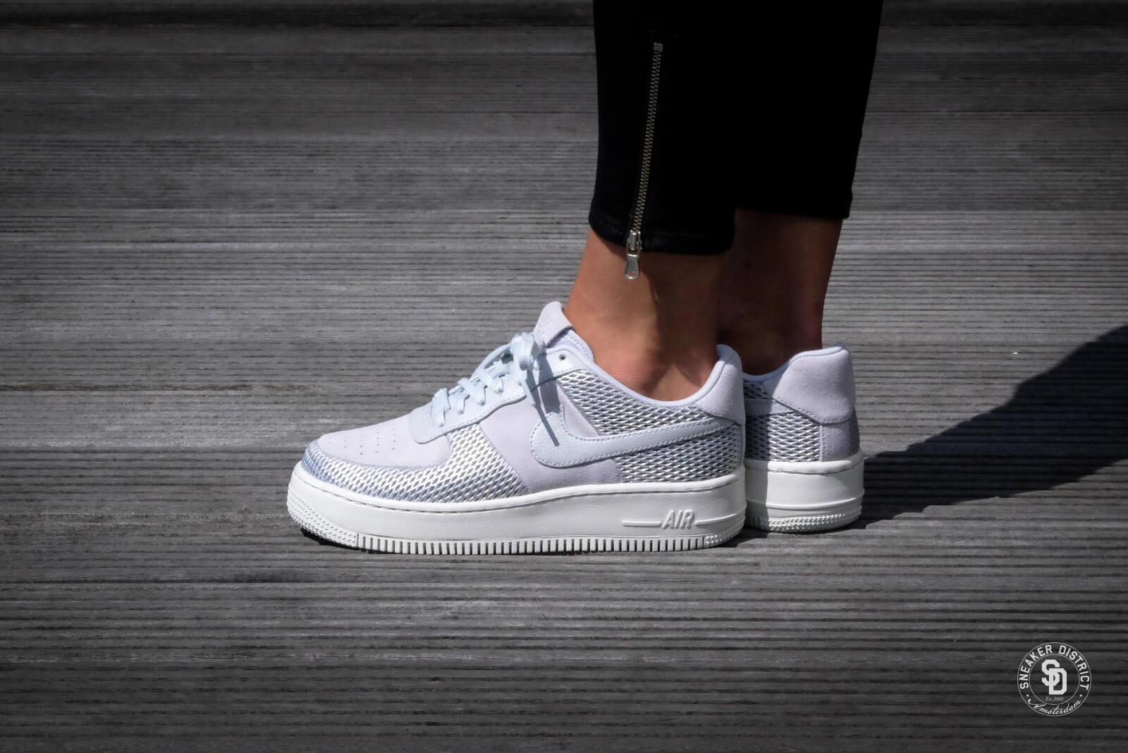 Nike WMNS Air Force 1 Upstep Premium Metallic PlatinumSail 917590 001