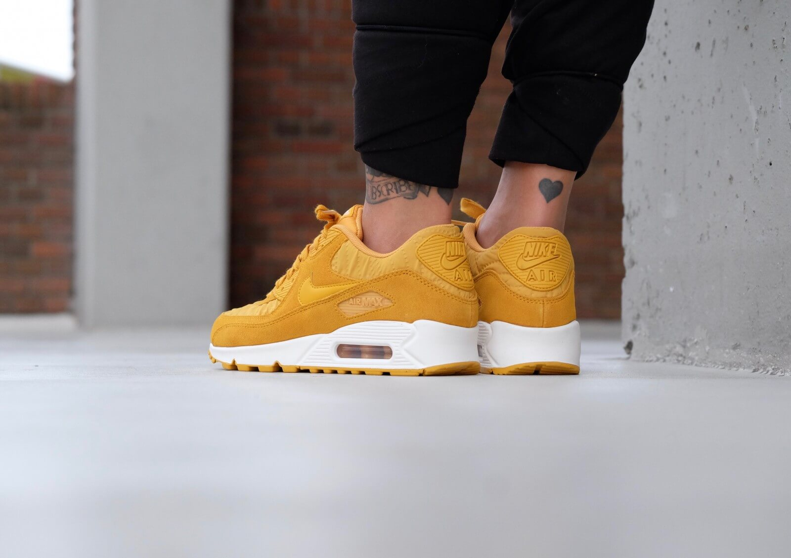 official photos 2711b bfa15 ... Nike WMNS Air Max 90 Premium Gold Leaf  Ivory - 443817-701 . ...