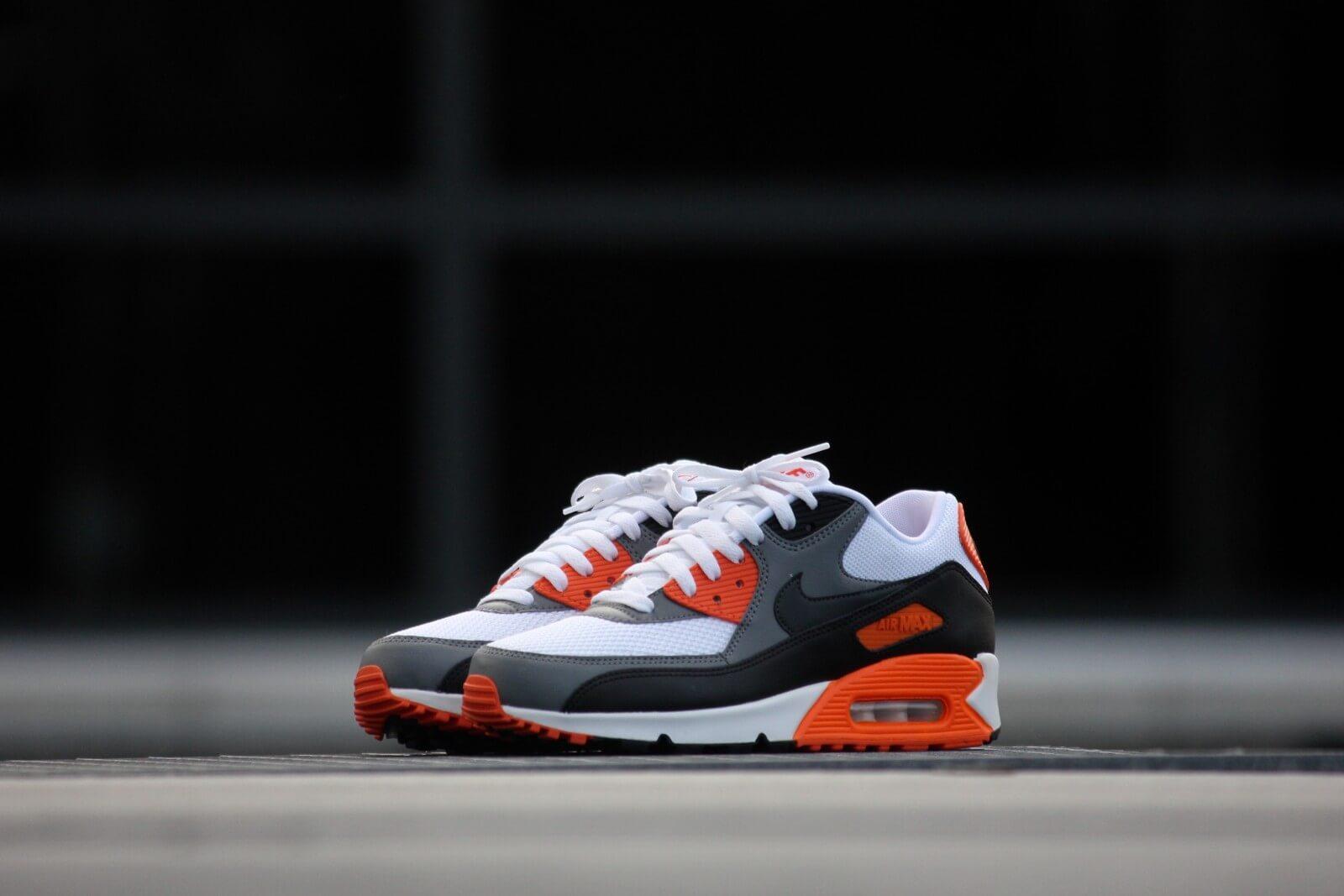 Nike Air Max 90 Essential White Anthracite Cool Grey Orange 537384 128