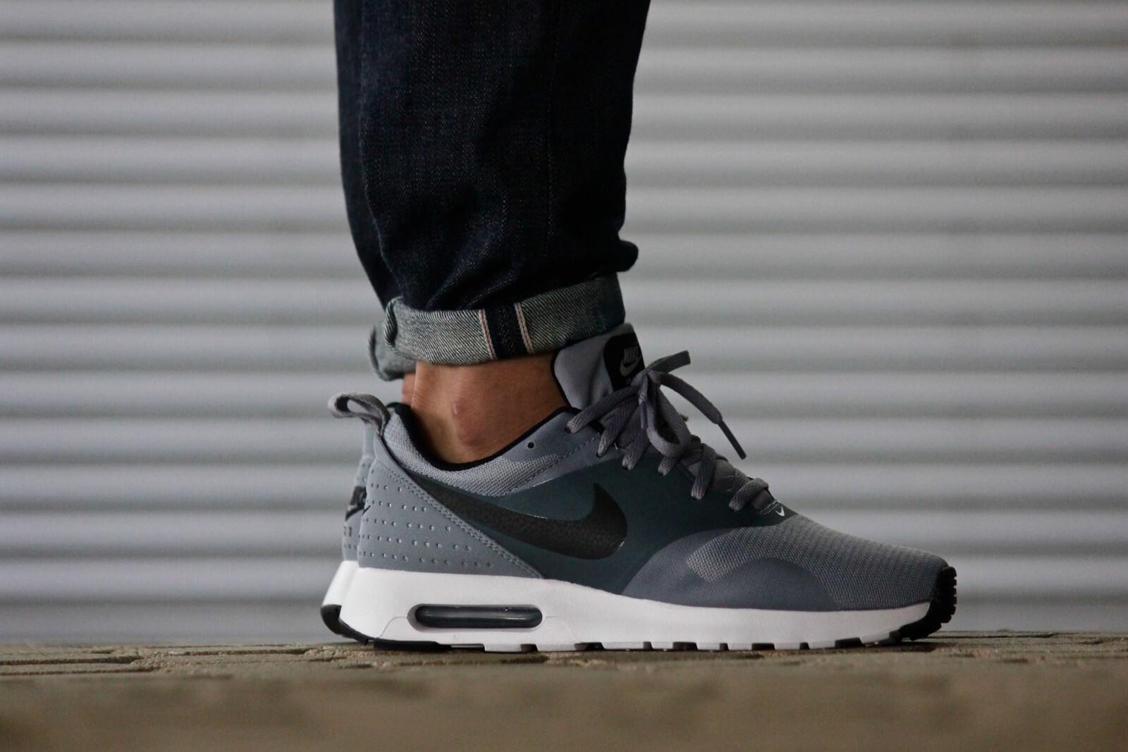 Nike Air Max Tavas StealthBlack Sneaker District