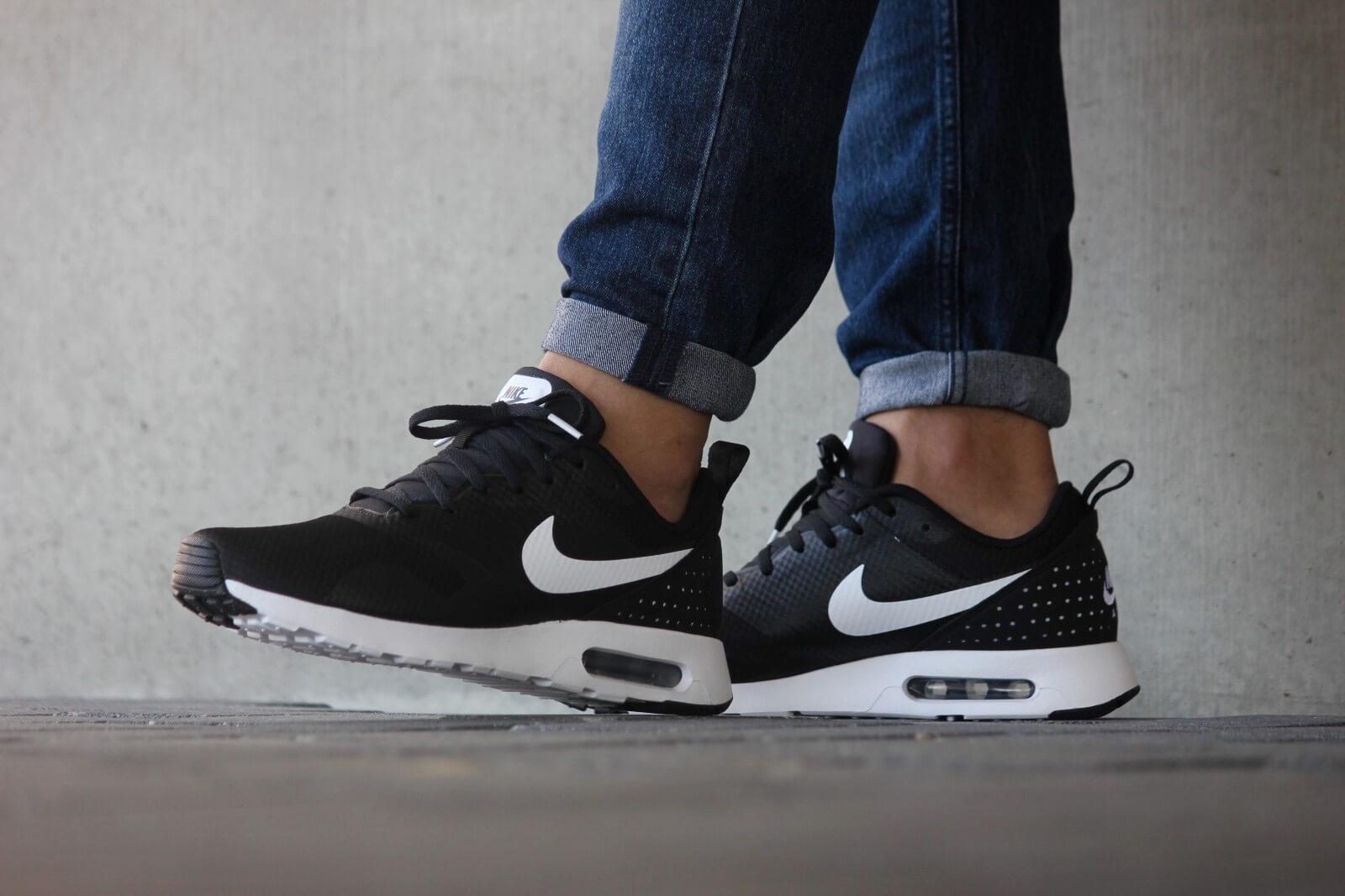 Nike Air Max Tavas Black White Black 705149 009