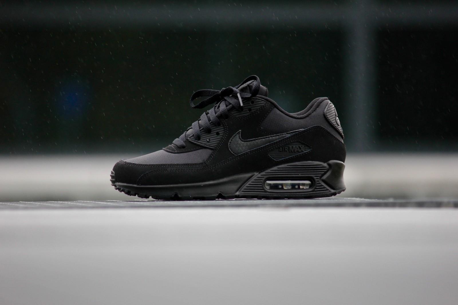 Nike Air Max 90 Essential Black Black 537384 046