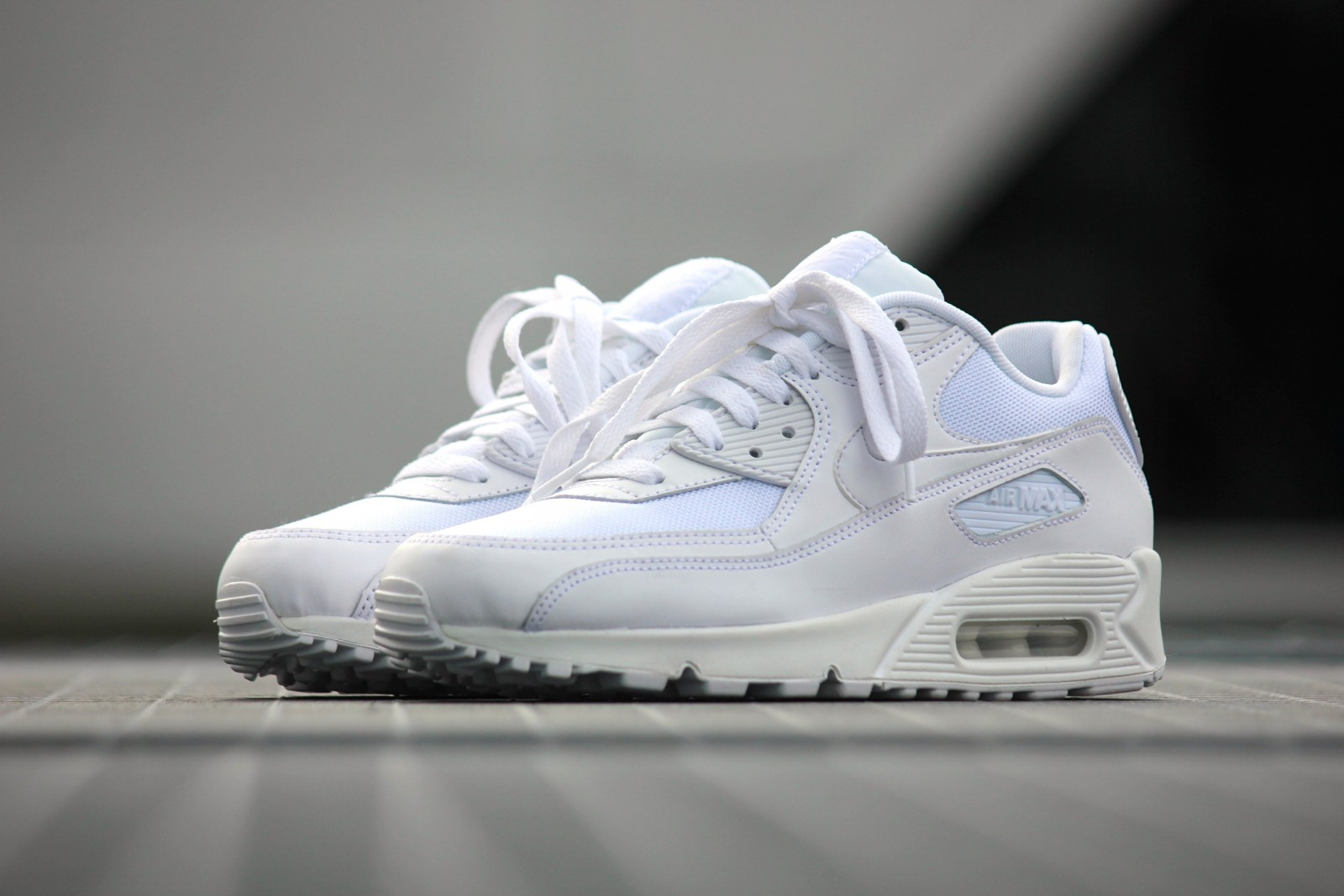 b3e10c5df9a4b1 all white air max 90   OFF41% Discounts
