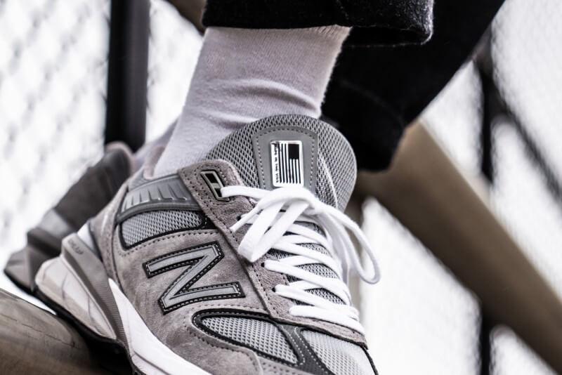 New Balance M990GLv5 Grey