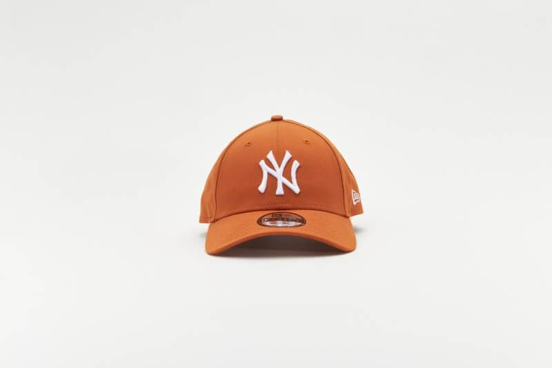New Era League Essential 940 NY Yankees Rust/White