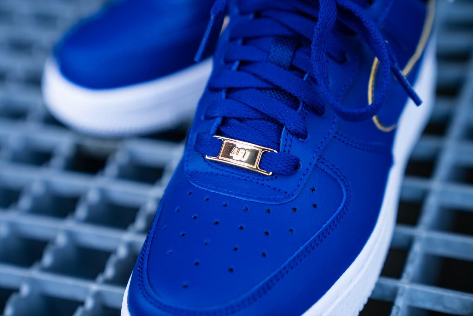 Nike Air Force 1 07 Essential Deep Royal Blue White