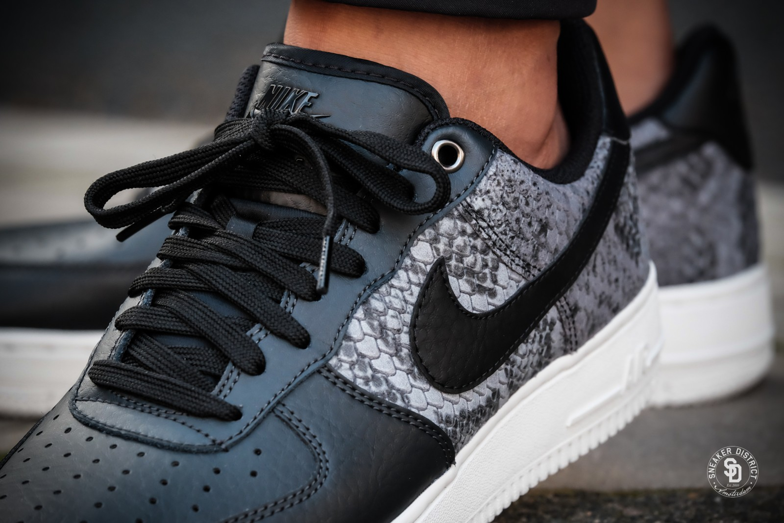 nike air force 1 sportswear anthracite black