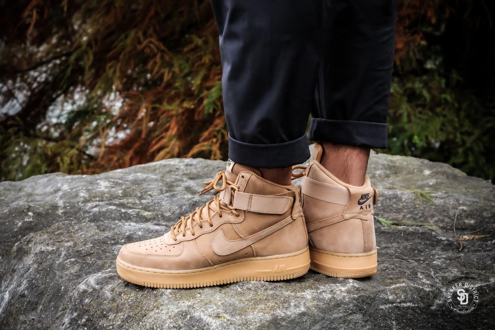 Nike Air Force 1 Hi 07 Lv8 Beige Gum