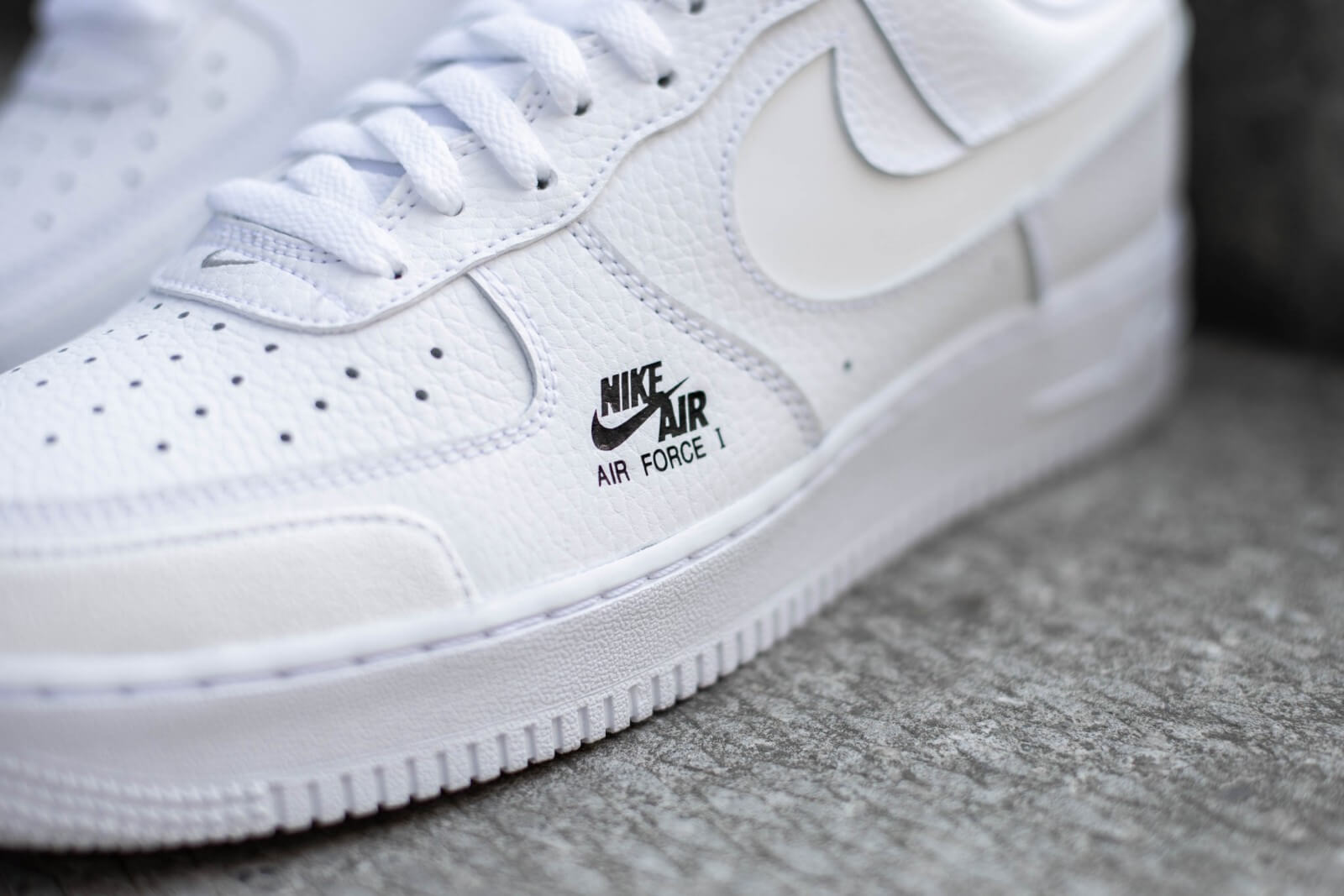 nike air force 1 utility lv8