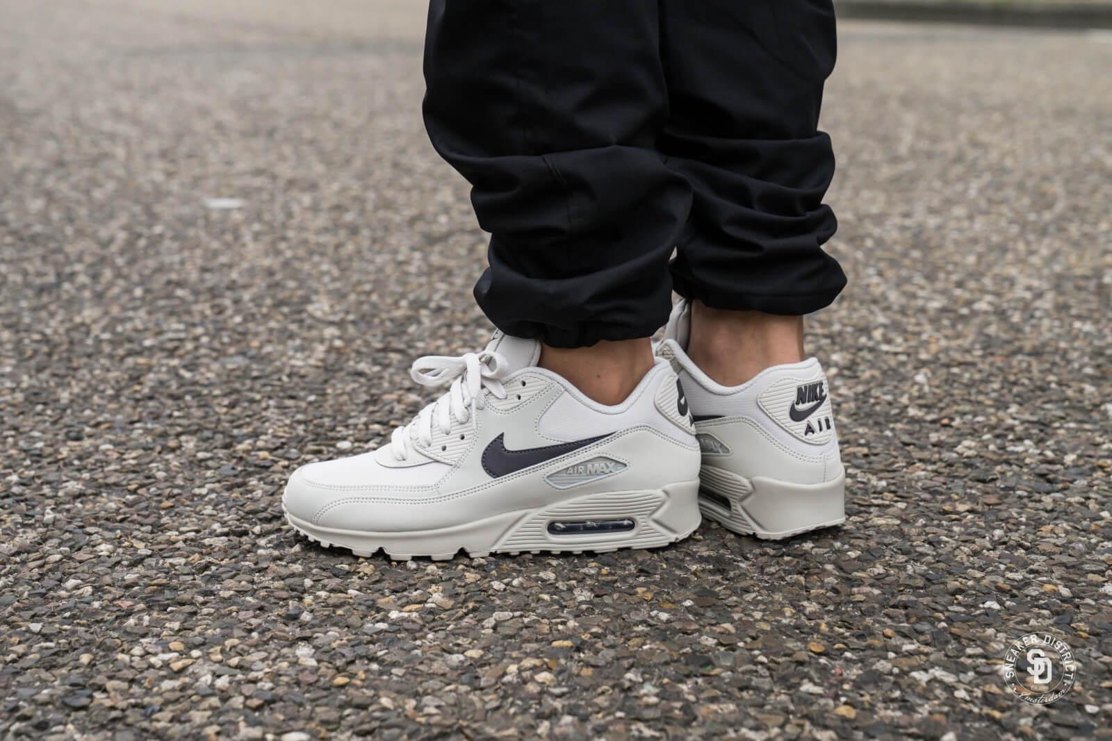 Nike Air Max 90 Premium | Black | Sneakers | 700155 014