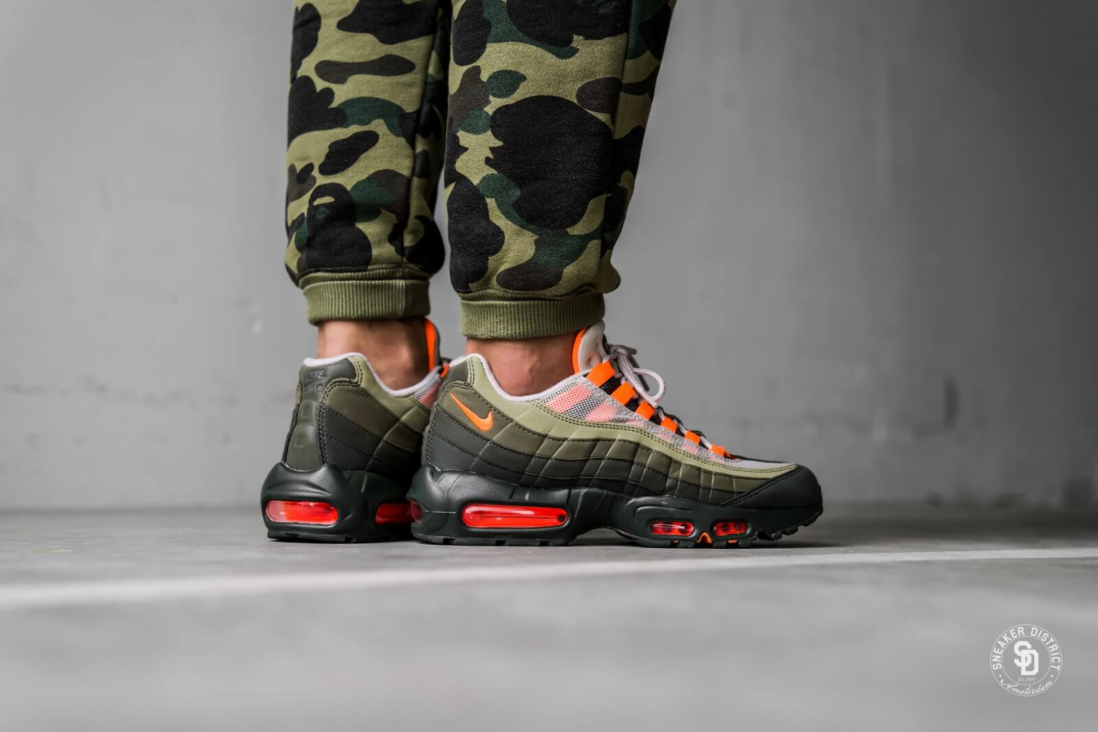 Nike Air Max 95 OG StringTotal Orange Neutral Olive AT2865 200