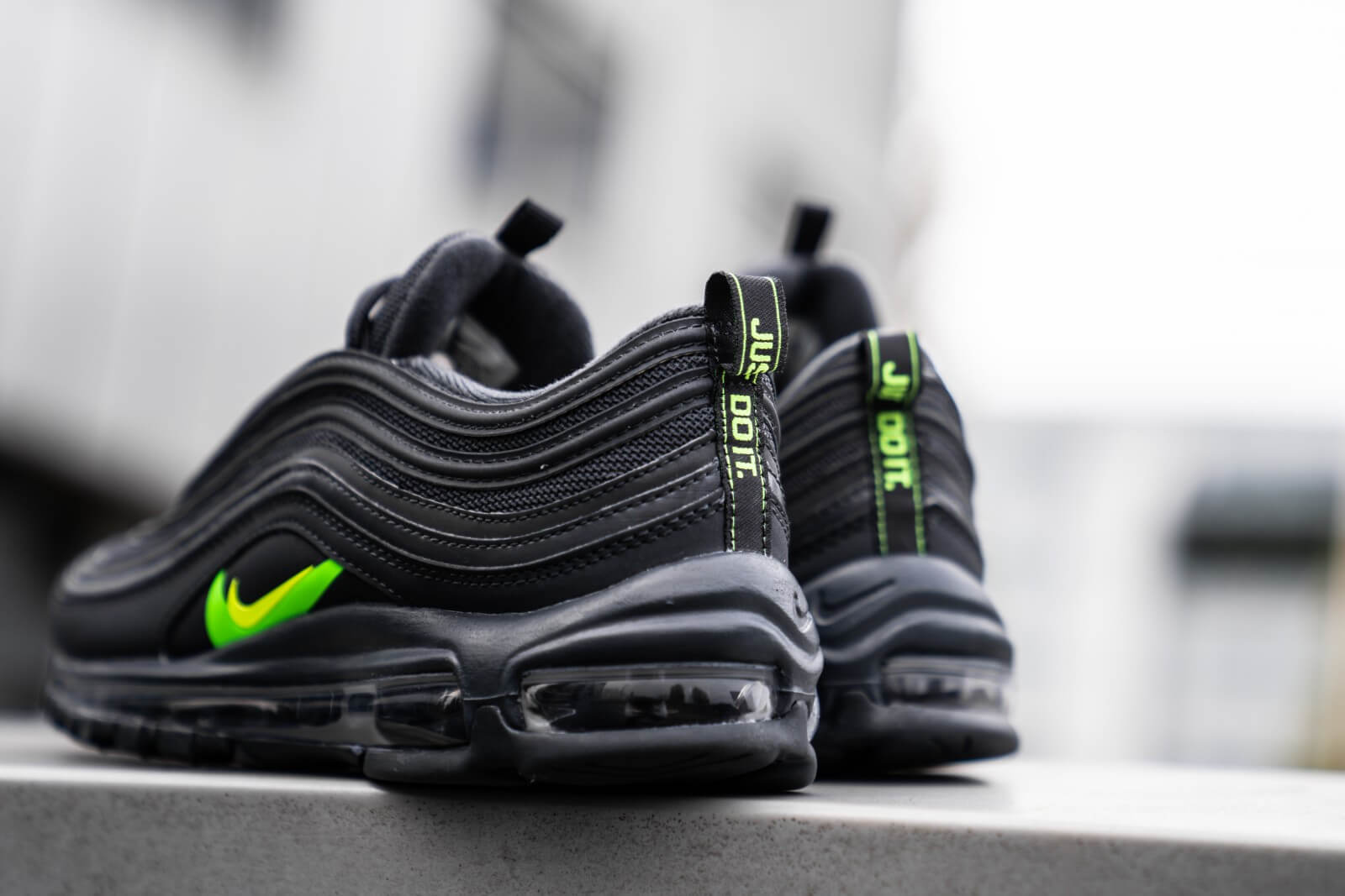 Nike Air Max 97 Anthracite Volt Electric Green Ct2205 002