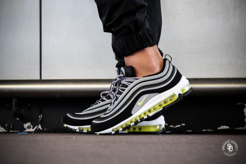 hot sale online d6cd2 22887 Nike Air Max 97 BlackVolt-Metallic Silver sneakers bestellen voor heren   Sneaker District