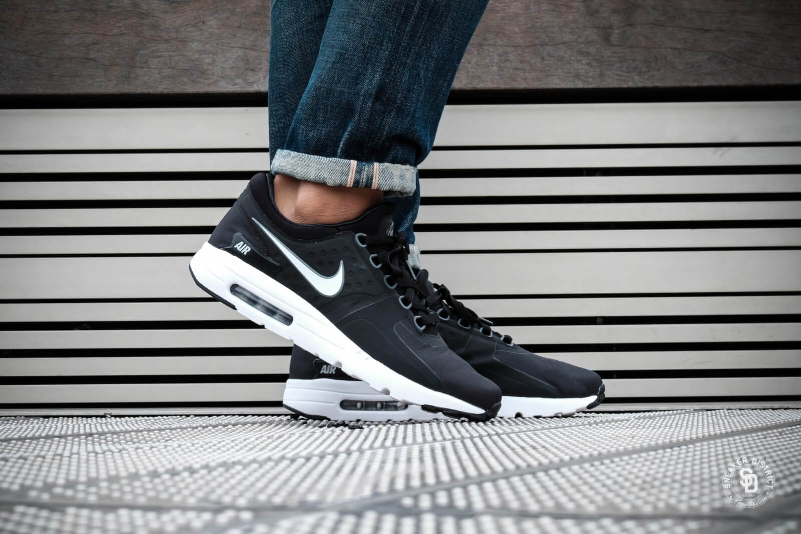 nike AIR MAX ZERO ESSENTIAL PS BLACKWHITE DARK GREY bei