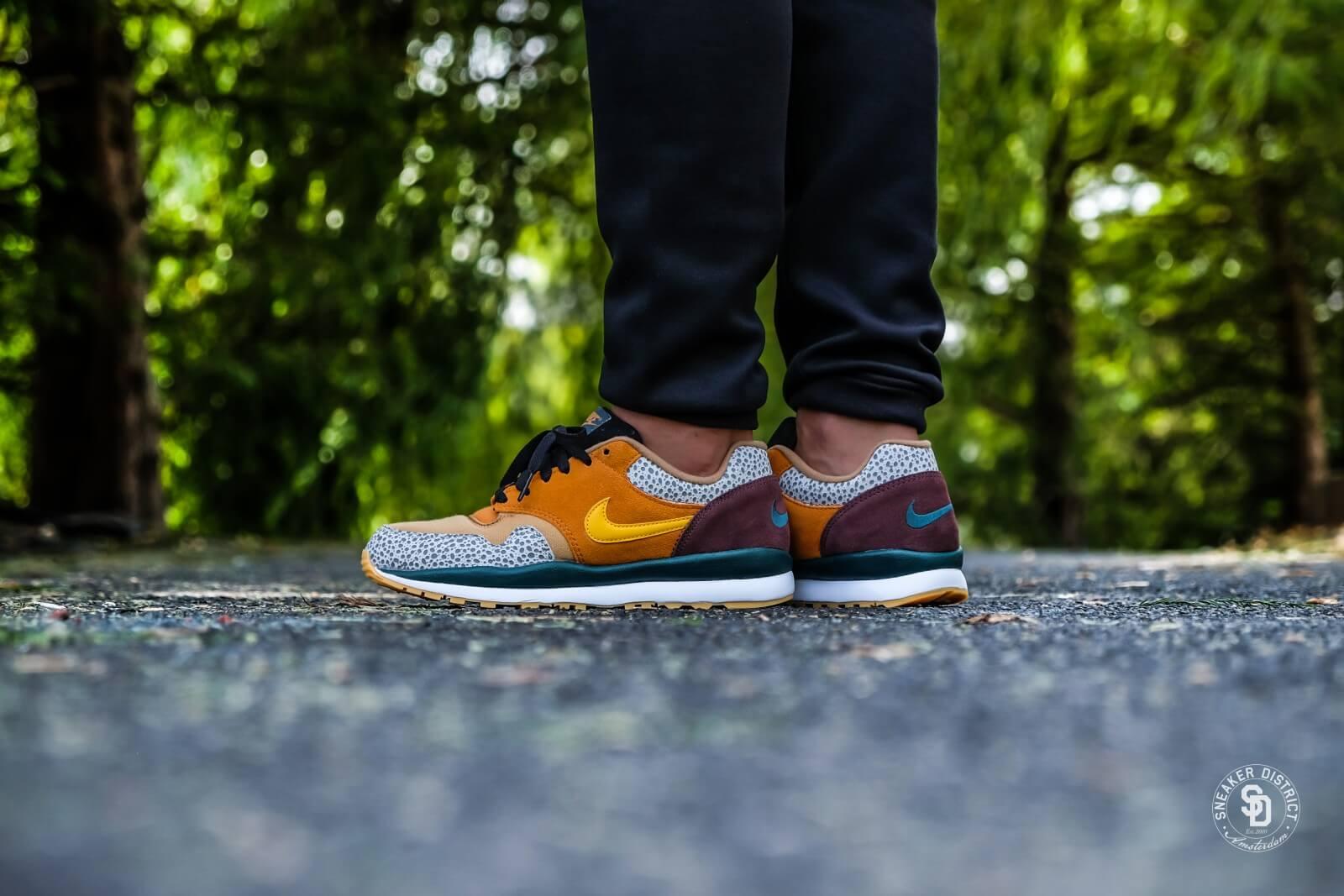 Nike Air Safari SE Monarch/Yellow Ochre-Flax-Mahogany - AO3298-800