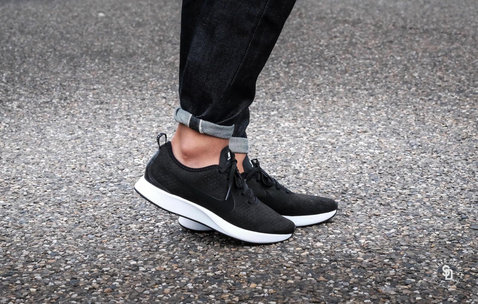 cdb1edd182c Nike Dualtone Racer Premium BlackWhite Heren sneakers Sneaker District .
