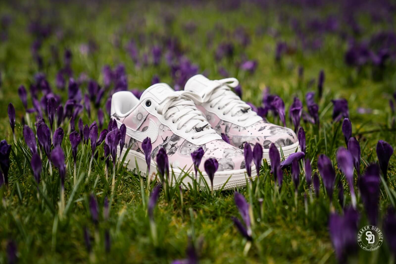 Nike Air Force 1 '07 LXX Floral White, Women's Fashion